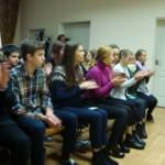 19 жовтня у бібліотеці імені Корнія Чуковського  для учнів 10 класу ЗНЗ № 3 відбувся вечір-концерт «Осіннє золото романсу».